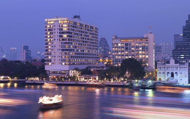 Отель Mandarin Oriental Bangkok Бангкок вид на фасад