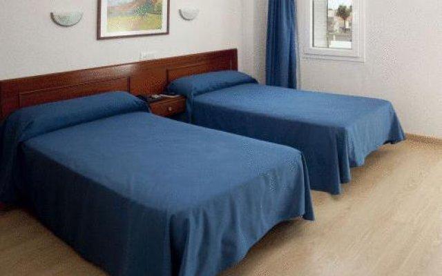 Hotel Roca комната для гостей
