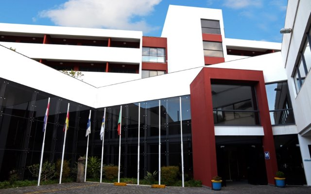 Отель Antillia Hotel Португалия, Понта-Делгада - отзывы, цены и фото номеров - забронировать отель Antillia Hotel онлайн вид на фасад