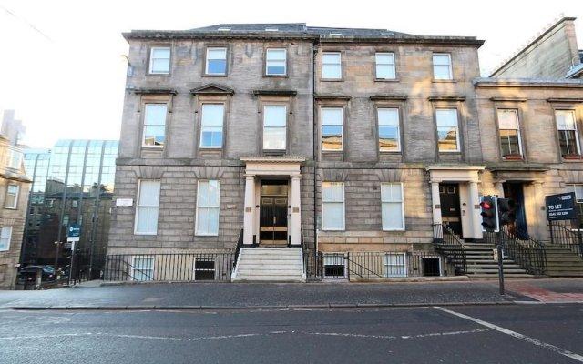 Отель Dreamhouse Apartments Glasgow St Vincent Street Великобритания, Глазго - отзывы, цены и фото номеров - забронировать отель Dreamhouse Apartments Glasgow St Vincent Street онлайн вид на фасад