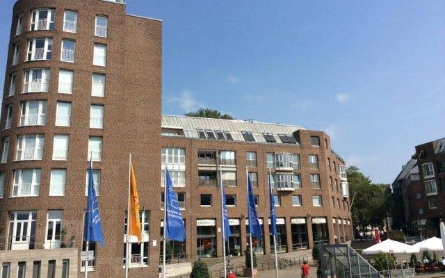 Отель Düsseldorf City Center Apartment am Rhein Германия, Дюссельдорф - отзывы, цены и фото номеров - забронировать отель Düsseldorf City Center Apartment am Rhein онлайн вид на фасад