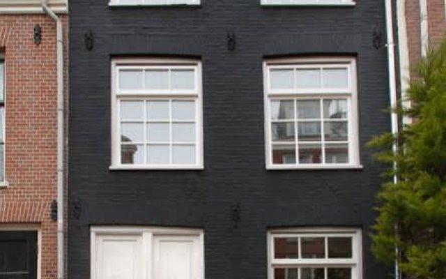 Отель Dahli's Boutique Apartments Нидерланды, Амстердам - отзывы, цены и фото номеров - забронировать отель Dahli's Boutique Apartments онлайн вид на фасад