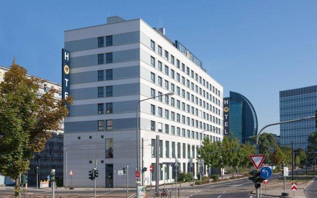 Welcome Hotel Frankfurt вид на фасад