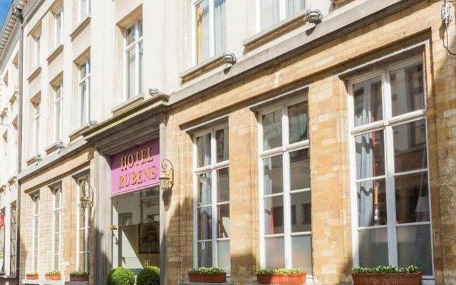 Отель Rubens-Grote Markt Бельгия, Антверпен - 1 отзыв об отеле, цены и фото номеров - забронировать отель Rubens-Grote Markt онлайн вид на фасад