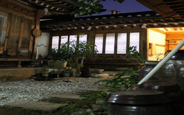Отель Moda Hanok Guesthouse Южная Корея, Сеул - отзывы, цены и фото номеров - забронировать отель Moda Hanok Guesthouse онлайн