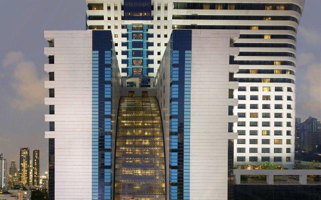 Отель AVANI Atrium Bangkok Таиланд, Бангкок - 4 отзыва об отеле, цены и фото номеров - забронировать отель AVANI Atrium Bangkok онлайн вид на фасад