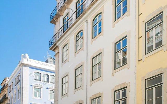 Отель Santa Justa 77 -Lisbon Luxury Apartments Португалия, Лиссабон - отзывы, цены и фото номеров - забронировать отель Santa Justa 77 -Lisbon Luxury Apartments онлайн вид на фасад