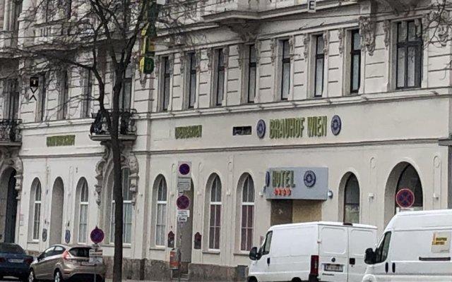 Отель Tourotel Mariahilf вид на фасад