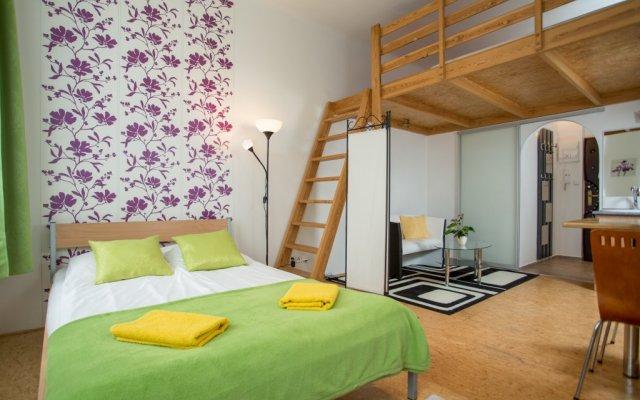 Апартаменты I'M Hostels & Apartments комната для гостей