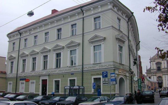 Отель 2 Bedroom Apartment near Town Hall Литва, Вильнюс - отзывы, цены и фото номеров - забронировать отель 2 Bedroom Apartment near Town Hall онлайн вид на фасад