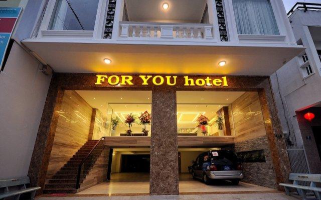 For You Hotel Нячанг вид на фасад
