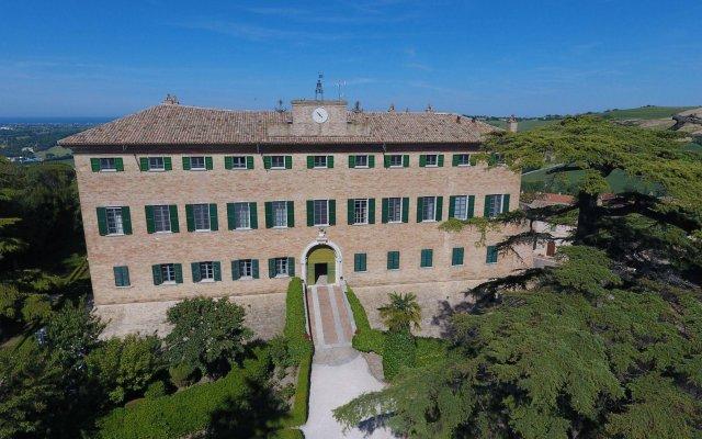 Отель Castello Di Monterado Италия, Монтерадо - отзывы, цены и фото номеров - забронировать отель Castello Di Monterado онлайн вид на фасад