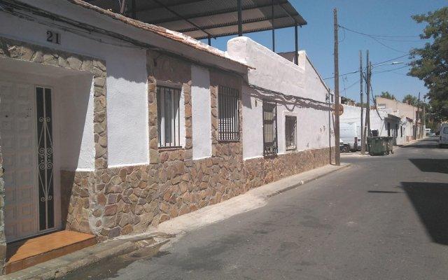 Отель With 3 Bedrooms in Ciudad Real, With Wifi Испания, Сьюдад-Реаль - отзывы, цены и фото номеров - забронировать отель With 3 Bedrooms in Ciudad Real, With Wifi онлайн вид на фасад