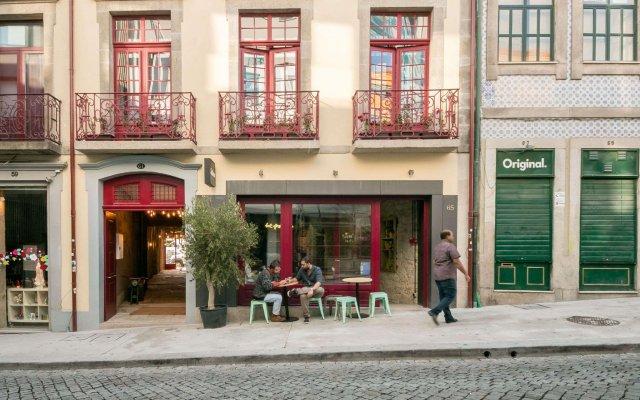 Отель Selina Porto Порту вид на фасад