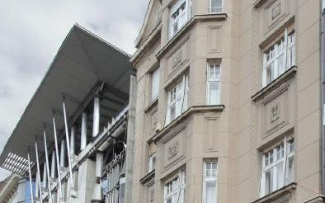 Отель Booking Rooms вид на фасад