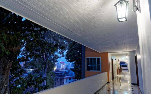 Отель Pattaya Blue Sky вид на фасад
