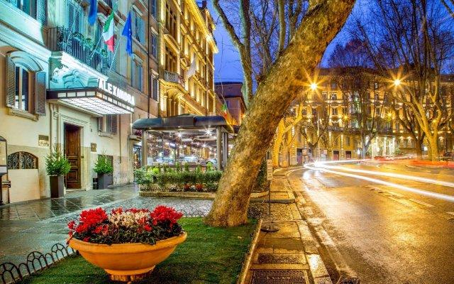 Hotel Alexandra вид на фасад