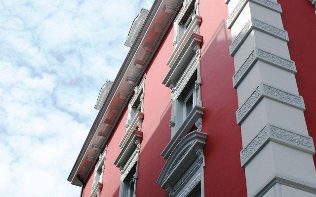 Отель Swiss Star Guesthouse Oerlikon Цюрих вид на фасад
