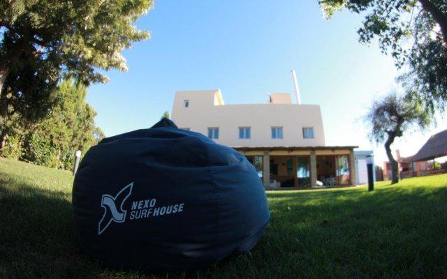 Отель Nexo Surf House Испания, Вехер-де-ла-Фронтера - отзывы, цены и фото номеров - забронировать отель Nexo Surf House онлайн вид на фасад