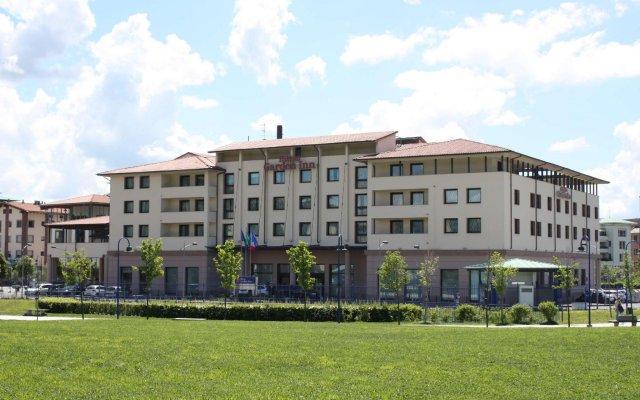 Отель Hilton Garden Inn Novoli Флоренция вид на фасад