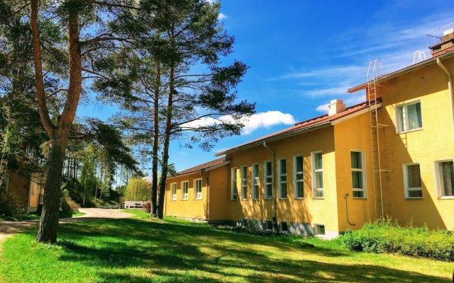 Отель Hostel Vanha Koulu Финляндия, Лаппеэнранта - отзывы, цены и фото номеров - забронировать отель Hostel Vanha Koulu онлайн вид на фасад