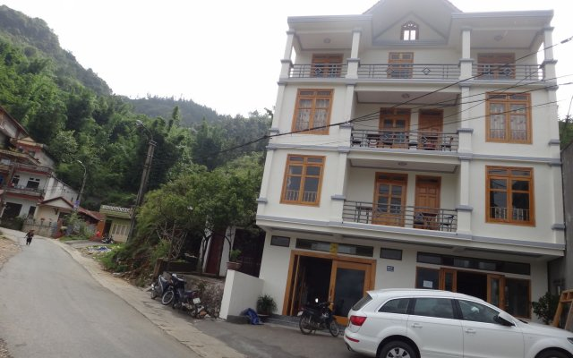 Отель Sapa Mountain City Hotel Вьетнам, Шапа - отзывы, цены и фото номеров - забронировать отель Sapa Mountain City Hotel онлайн вид на фасад