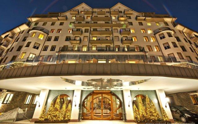 Carlton Hotel St Moritz вид на фасад