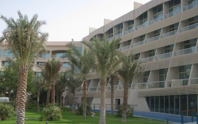 Al Raha Beach Hotel Villas 0