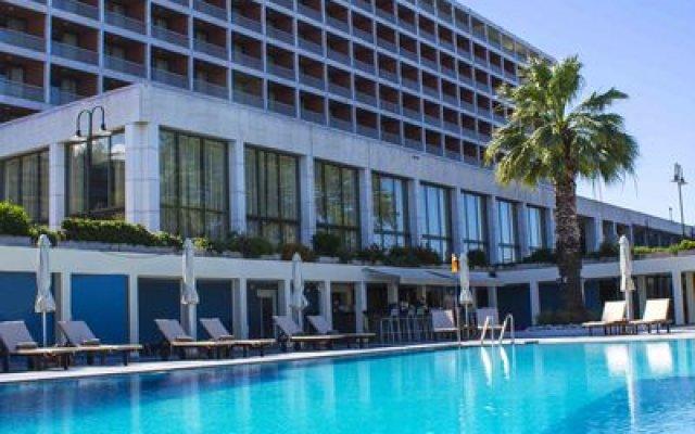 Отель Makedonia Palace Салоники бассейн