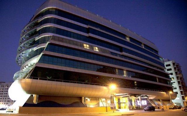 Grand Excelsior Hotel Al Barsha вид на фасад