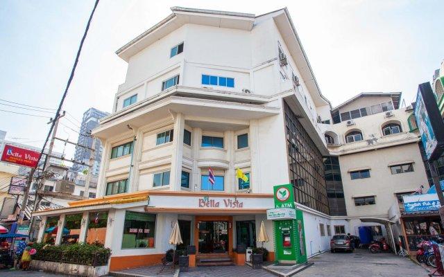 Eastiny Bella Vista Hotel & Residence Паттайя вид на фасад