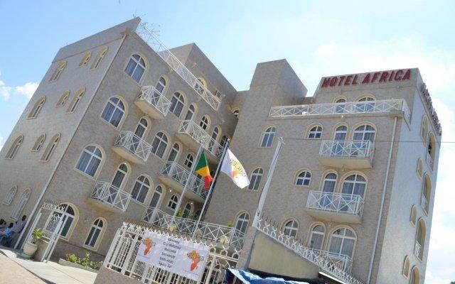Отель Africa Республика Конго, Браззавиль - отзывы, цены и фото номеров - забронировать отель Africa онлайн вид на фасад