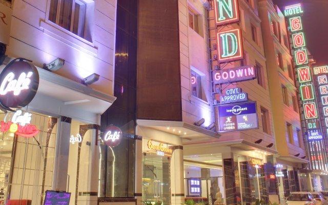 Hotel Grand Godwin вид на фасад