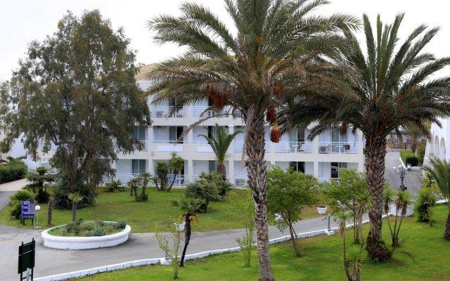 Отель Labranda Sandy Beach Resort - All Inclusive вид на фасад