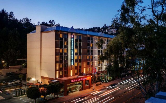 Отель Hilton Garden Inn Los Angeles/Hollywood Лос-Анджелес вид на фасад