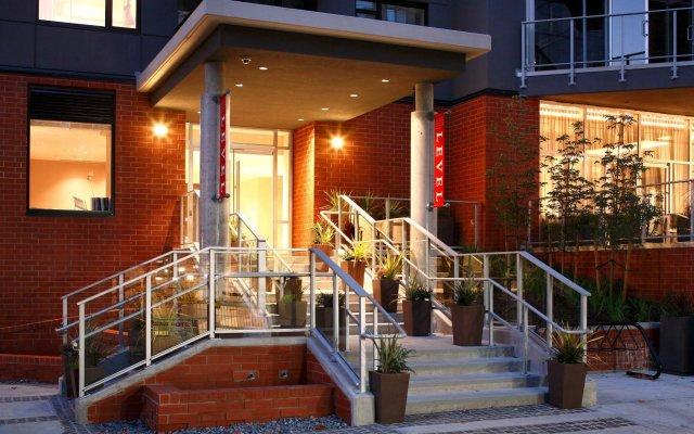 Отель LEVEL Furnished Living Yaletown Seymour Канада, Ванкувер - отзывы, цены и фото номеров - забронировать отель LEVEL Furnished Living Yaletown Seymour онлайн вид на фасад