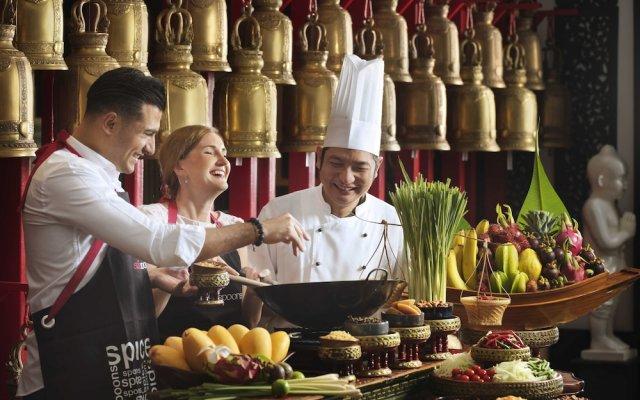 Anantara The Palm Dubai Resort in Dubai, United Arab Emirates from 329$, photos, reviews - zenhotels.com hotel bar