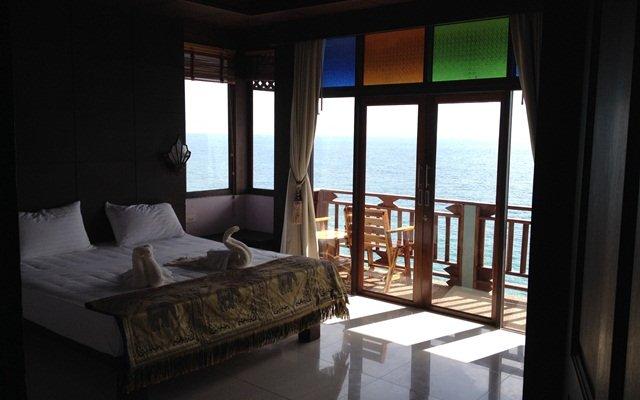 Отель Diamond Cliff Beach Resort Ланта комната для гостей
