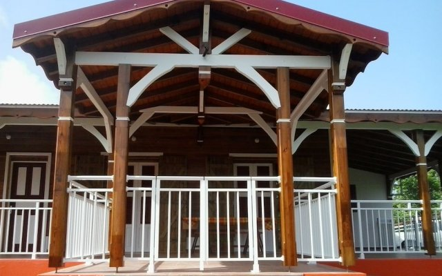 House With 3 Bedrooms in Anse-bertrand, With Enclosed Garden and Wifi