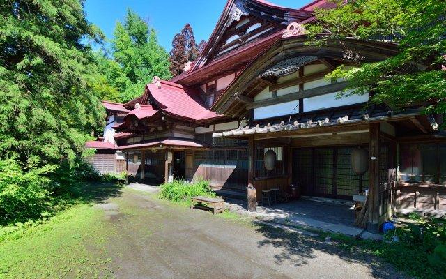 Отель Syoho En Япония, Дайсен - отзывы, цены и фото номеров - забронировать отель Syoho En онлайн вид на фасад