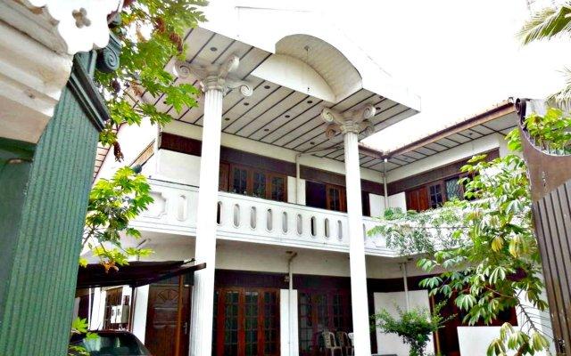 Отель Ashan's Cozy Homestay Шри-Ланка, Коломбо - отзывы, цены и фото номеров - забронировать отель Ashan's Cozy Homestay онлайн вид на фасад