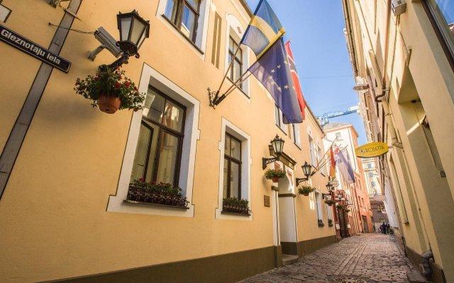Отель Old Riga Hotel Vecriga Латвия, Рига - 4 отзыва об отеле, цены и фото номеров - забронировать отель Old Riga Hotel Vecriga онлайн вид на фасад