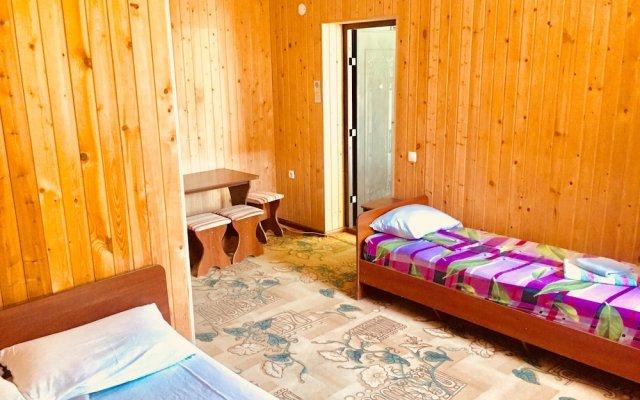 Rodnichok Guesthouse 2