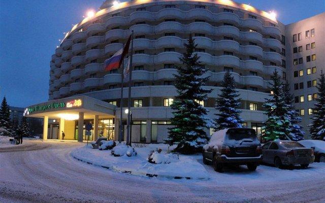 Гостиница Holiday Inn Moscow Seligerskaya вид на фасад