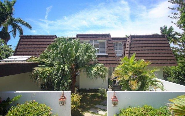 Отель Burlingame Villa Ямайка, Монтего-Бей - отзывы, цены и фото номеров - забронировать отель Burlingame Villa онлайн вид на фасад
