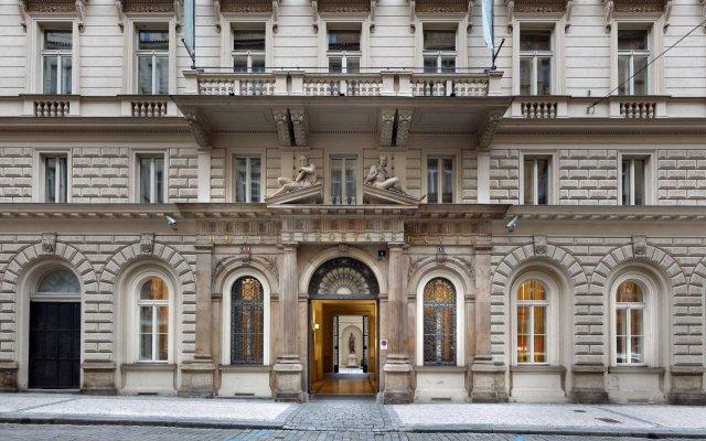 Отель Eurostars David вид на фасад