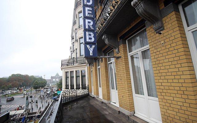 Hotel Derby Брюссель вид на фасад