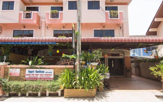 Отель Happys Guesthouse Pattaya Таиланд, Паттайя - отзывы, цены и фото номеров - забронировать отель Happys Guesthouse Pattaya онлайн вид на фасад