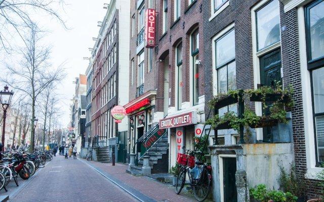 Отель 83 Нидерланды, Амстердам - 4 отзыва об отеле, цены и фото номеров - забронировать отель 83 онлайн вид на фасад