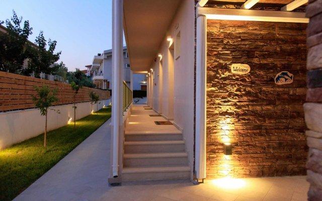Отель Alegria Suites вид на фасад